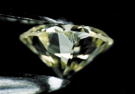 diamond inclusion crack- 4爪镶和6爪镶之间的大比拼